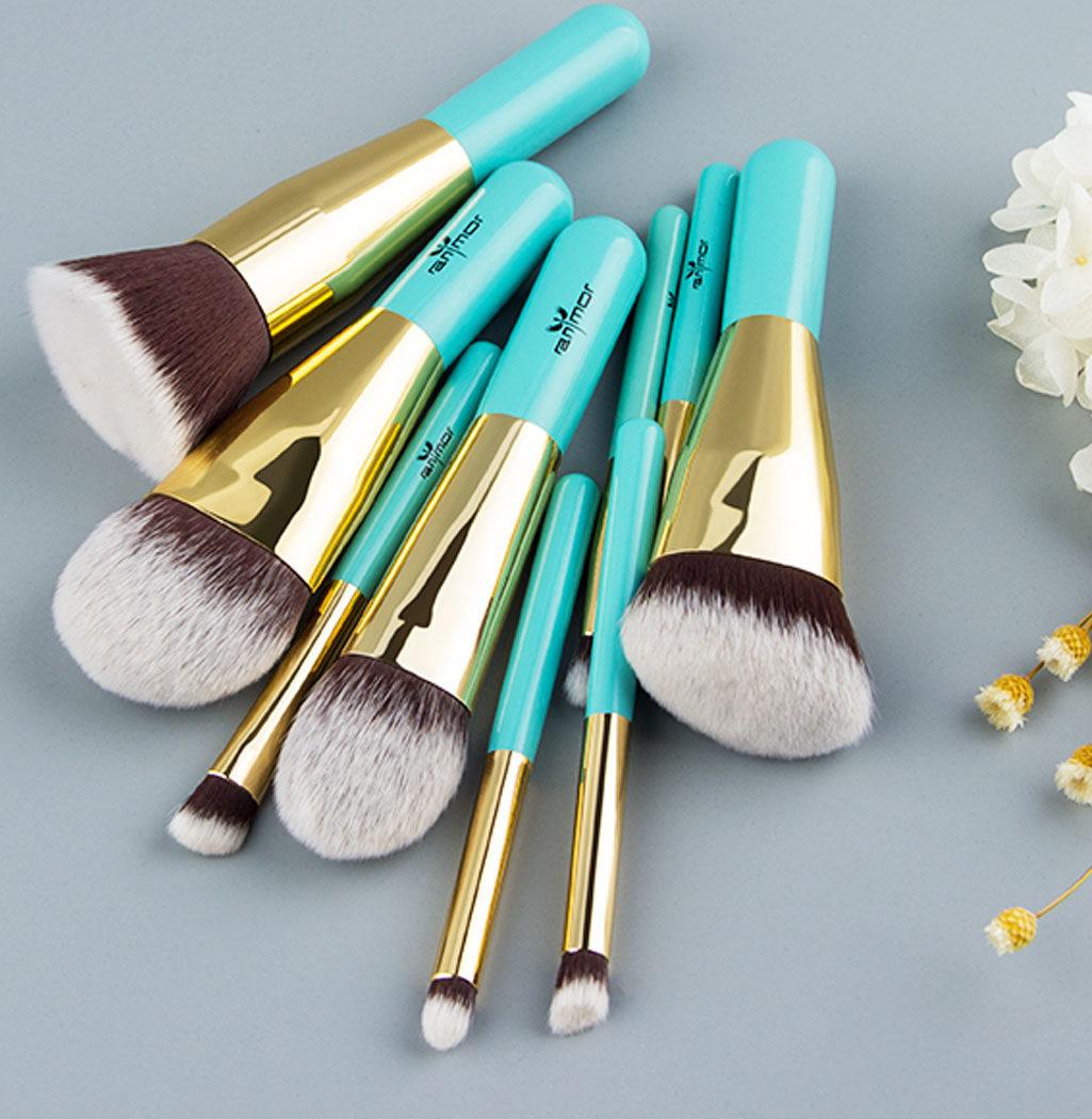 Photo Travel Set bleu, pinceaux professionnels
